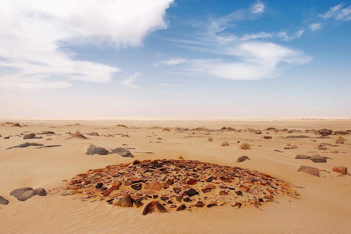 #03 Sacred Site,Mauritanie, 2005, 20°39'43″N 11°53'16″W