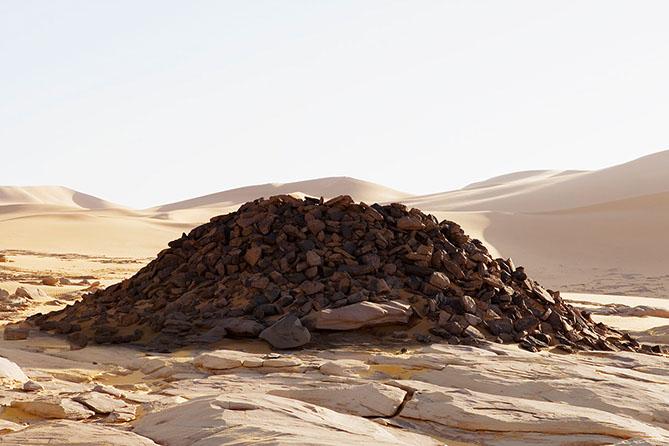 #119 Sacred Site,Algérie, 2006, 24°6'54″N 11°3'43″E