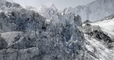 #124 Glaciers offset, 2017, photographie reconstruite à partir de bandes videos, réalisées sur le glacier de Moiry