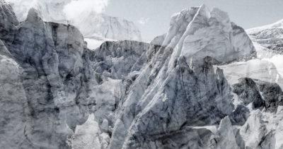 #127 Glaciers offset, 2017, photographie reconstruite à partir de bandes videos, réalisées sur le glacier de Moiry