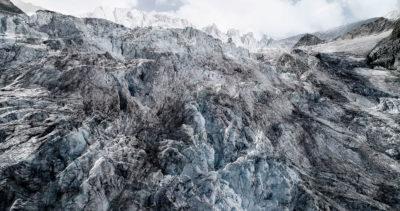 #13 Glaciers offset, 2017, photographie reconstruite à partir de bandes videos, réalisées sur le glacier de Moiry