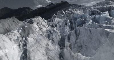 #134 Glaciers offset, 2017, photographie reconstruite à partir de bandes videos, réalisées sur le glacier de Moiry