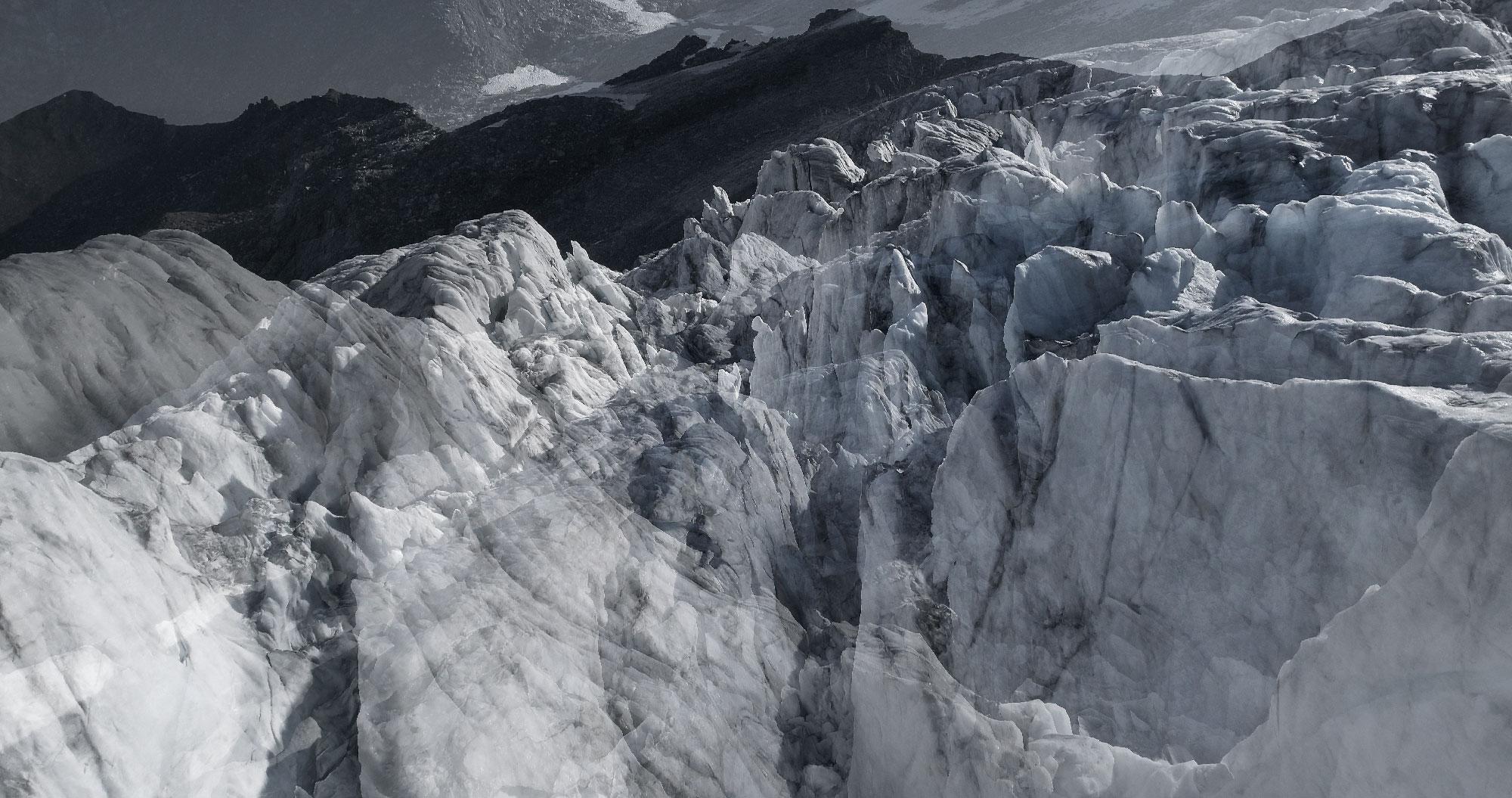 #134 Glaciers offset, 2017, photographie reconstruite à partir de bandes videos, réalisées sur le glacier de Moiry  #134 Glaciers offset, 2017, photographie reconstruite à partir de bandes videos, réalisées sur le glacier de Moiry