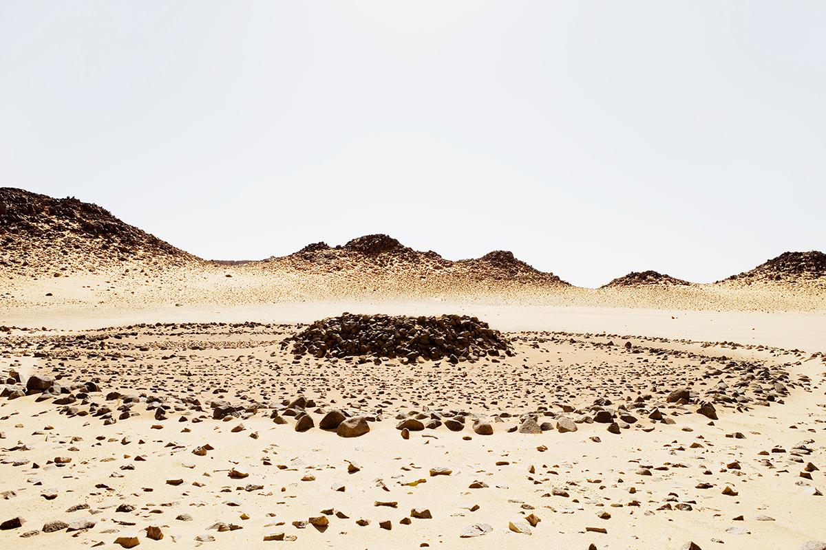 #135 Sacred Site,Algérie, 2002, 24°25'2″N 9°31'32″E