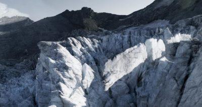 #136 Glaciers offset, 2017, photographie reconstruite à partir de bandes videos, réalisées sur le glacier de Moiry