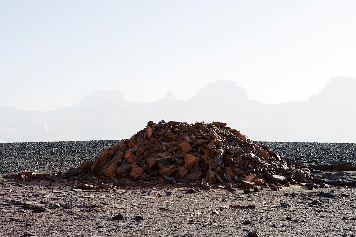 #140 Sacred Site,Libye, 2006, 24°58'3″N 10°31'35″E