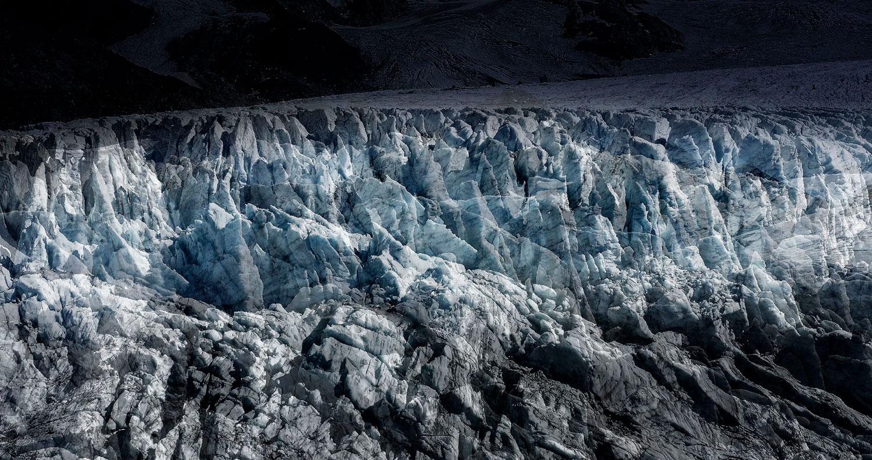 #142 Glaciers offset, 2017, photographie reconstruite à partir de bandes videos, réalisées sur le glacier du Tour  #142 Glaciers offset, 2017, photographie reconstruite à partir de bandes videos, réalisées sur le glacier du Tour