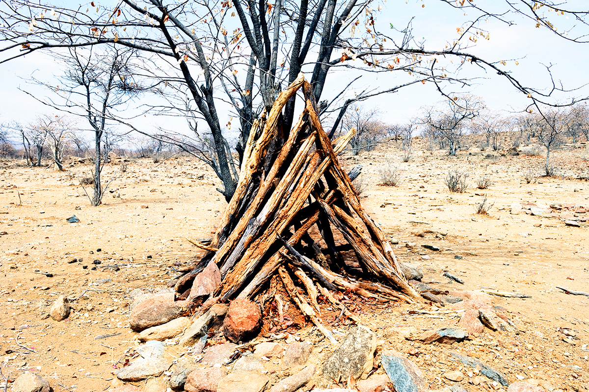 #182 Sacred Site, Namibie, 2007, 17°36'59″S 13°20'49″E