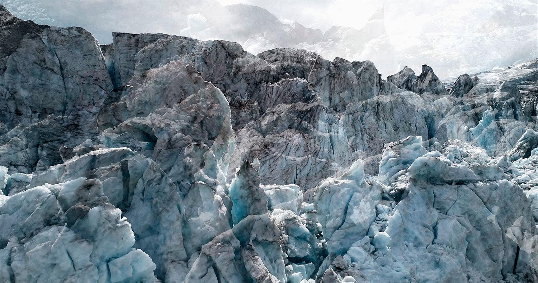 #19 Glaciers offset, 2017, photographie reconstruite à partir de bandes videos, réalisées sur le glacier de Moiry  #19 Glaciers offset, 2017, photographie reconstruite à partir de bandes videos, réalisées sur le glacier de Moiry