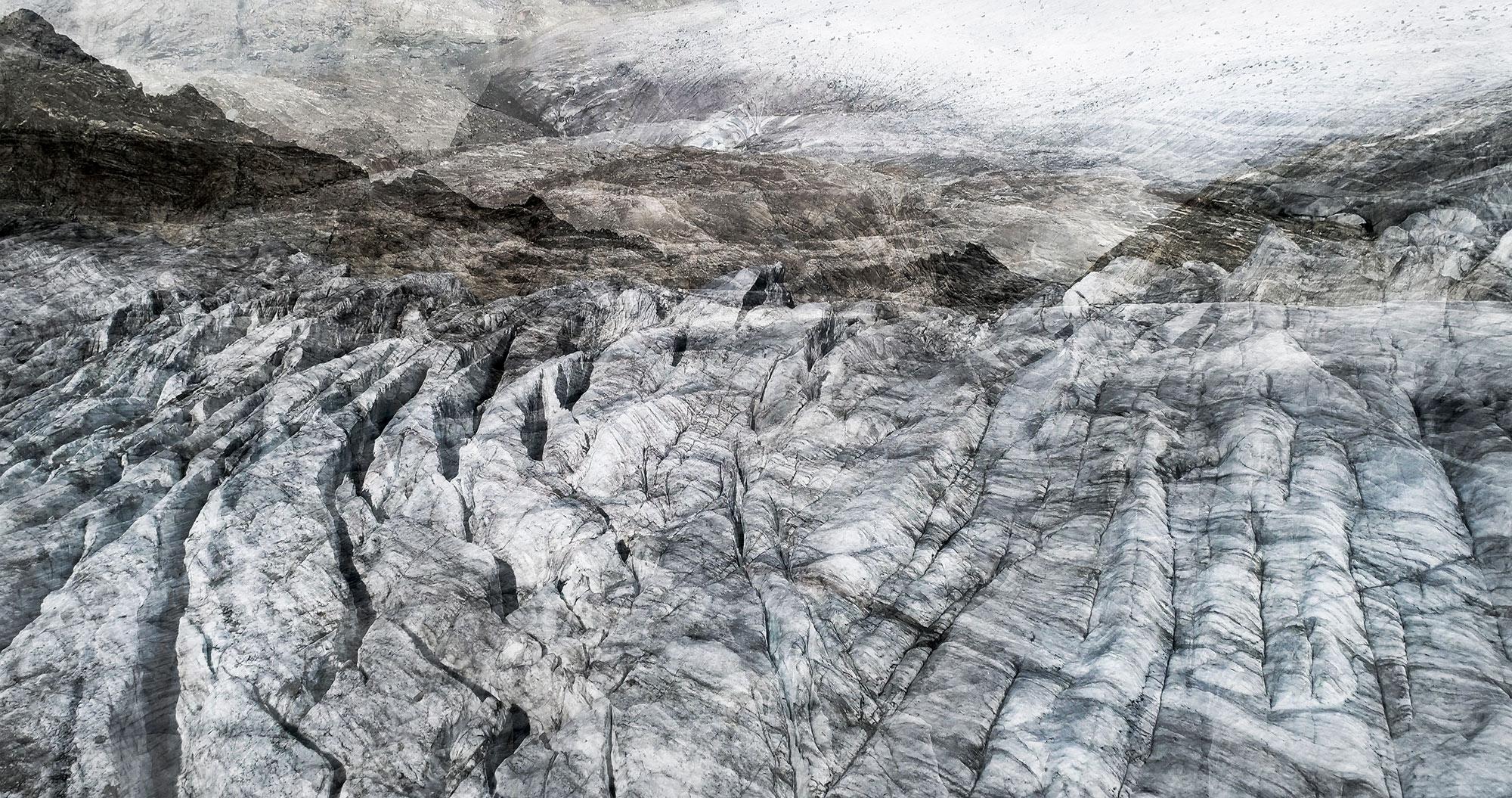 #31 Glaciers offset, 2017, photographie reconstruite à partir de bandes videos, réalisées sur le glacier du Rhône  #31 Glaciers offset, 2017, photographie reconstruite à partir de bandes videos, réalisées sur le glacier du Rhône
