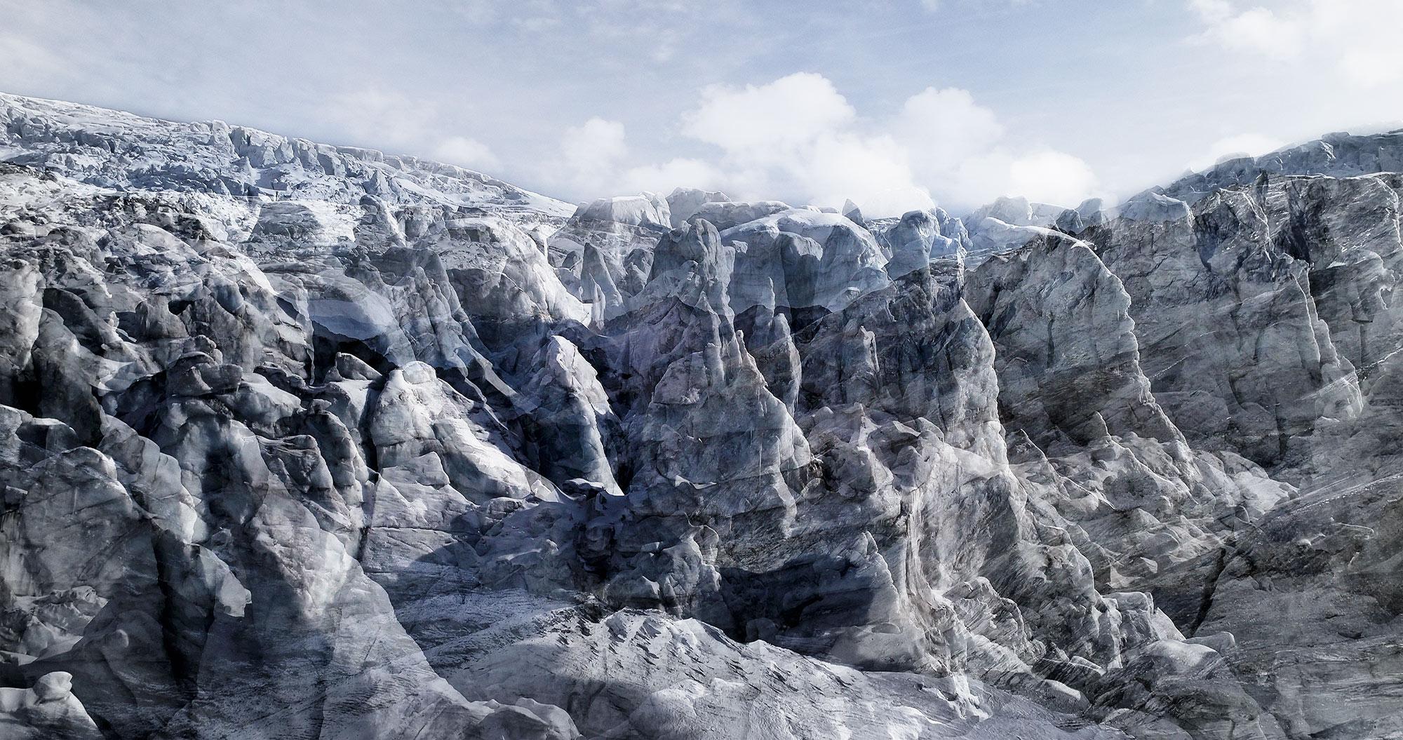 #35 Glaciers offset, 2017, photographie reconstruite à partir de bandes videos, réalisées sur le glacier de Ferpècle  #35 Glaciers offset, 2017, photographie reconstruite à partir de bandes videos, réalisées sur le glacier de Ferpècle