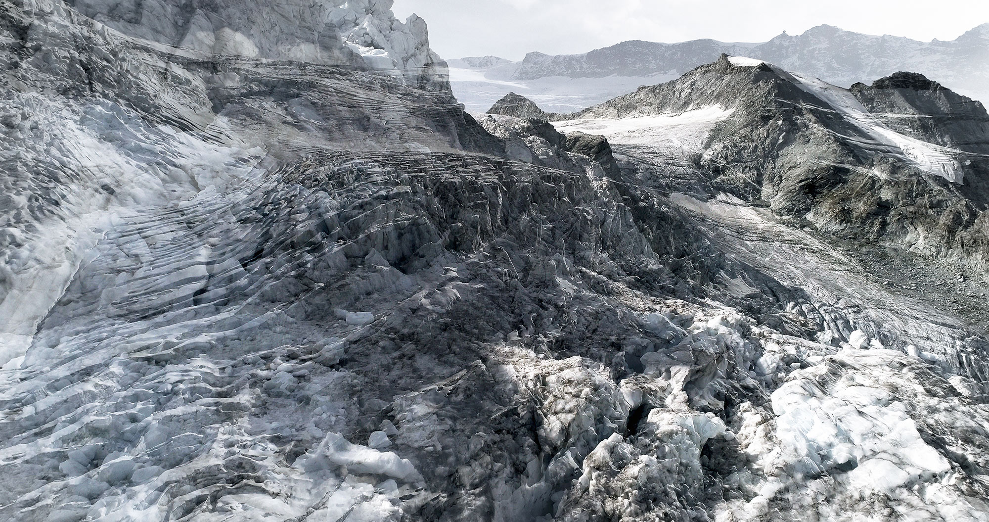 #36 Glaciers offset, 2017, photographie reconstruite à partir de bandes videos, réalisées sur les glaciers de Moiry et Ferpècle  #36 Glaciers offset, 2017, photographie reconstruite à partir de bandes videos, réalisées sur les glaciers de Moiry et Ferpècle