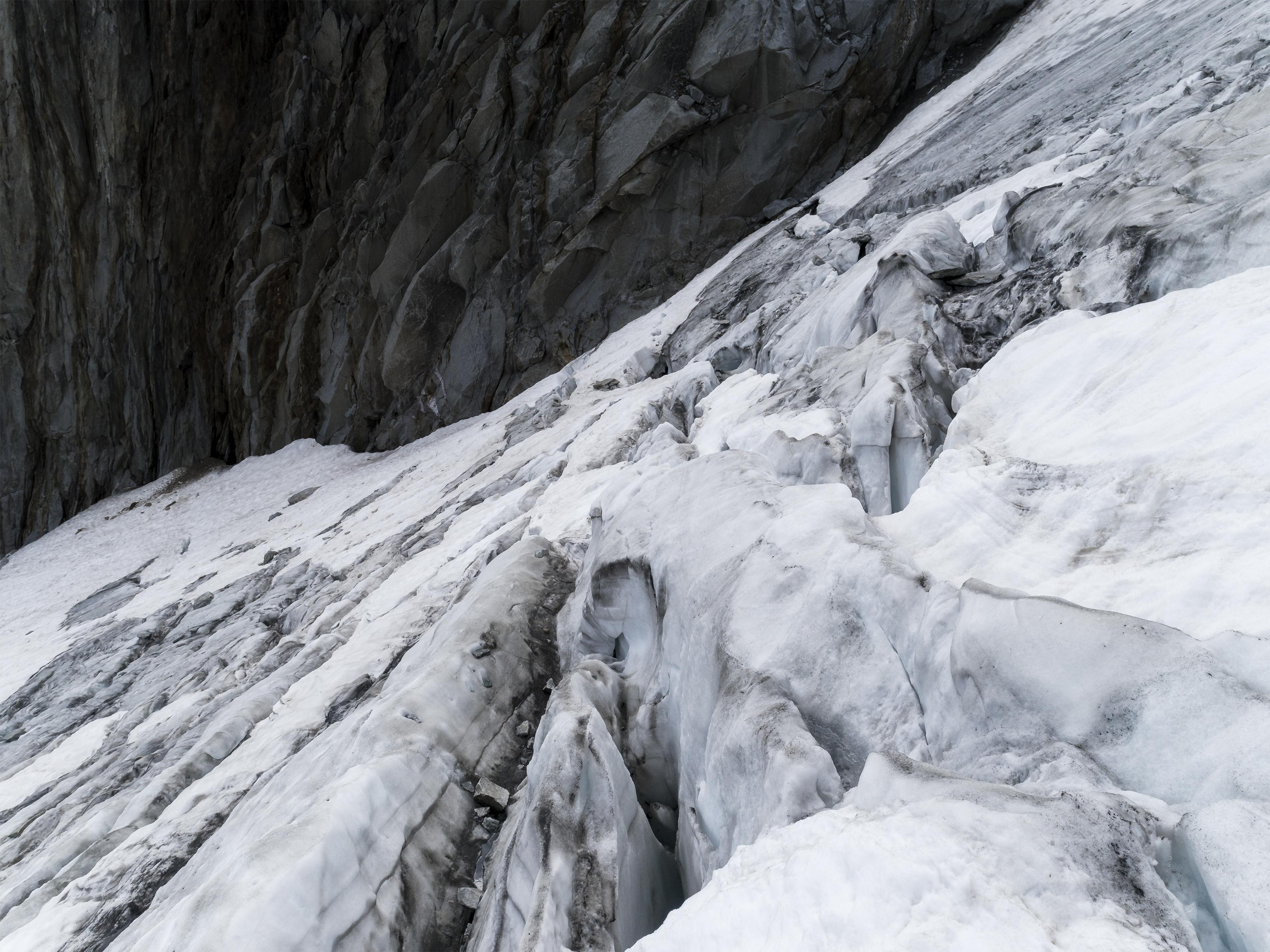 #394 Glaciers,Sidelengletscher, 2018,46°36'12.378″N 8°25'16.049″E