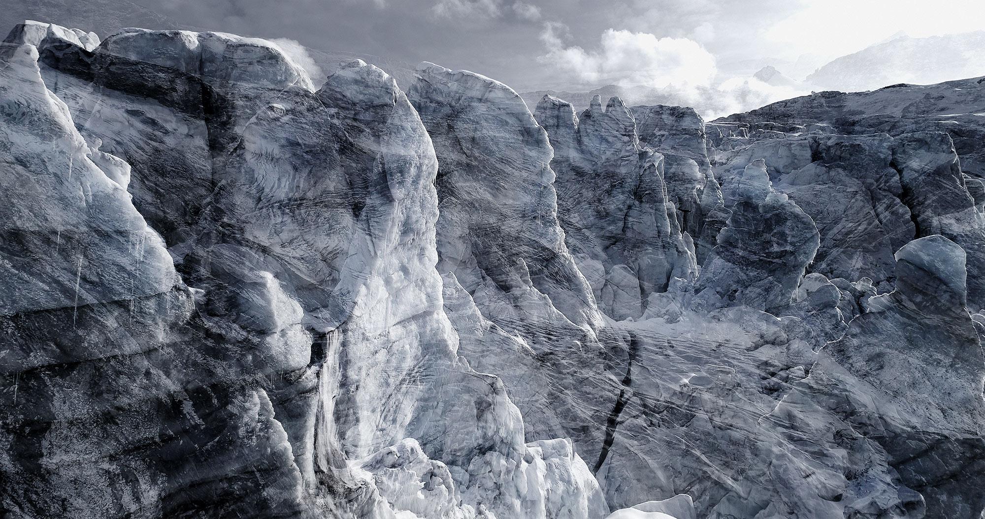 #40 Glaciers offset, 2017, photographie reconstruite à partir de bandes videos, réalisées sur le glacier de Ferpècle  #40 Glaciers offset, 2017, photographie reconstruite à partir de bandes videos, réalisées sur le glacier de Ferpècle