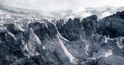 #41 Glaciers offset, 2017, photographie reconstruite à partir de bandes videos, réalisées sur le glacier de Ferpècle