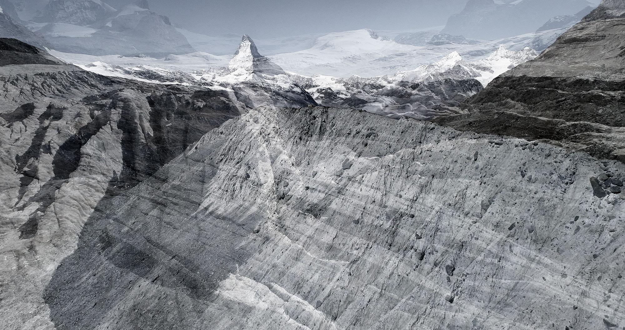 #46 Glaciers offset, 2017, photographie reconstruite à partir de bandes videos, réalisées sur le glacier de Findel