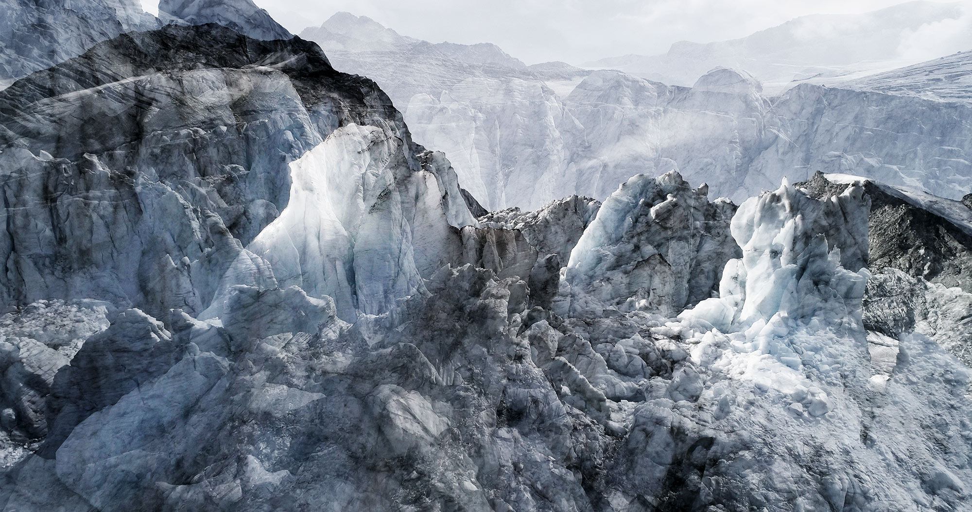 #63 Glaciers offset, 2017, photographie reconstruite à partir de bandes videos, réalisées sur les glaciers de Moiry et Ferpècle  #63 Glaciers offset, 2017, photographie reconstruite à partir de bandes videos, réalisées sur les glaciers de Moiry et Ferpècle